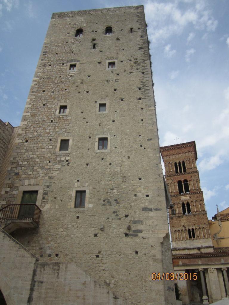 Башня Торре Фрументариа