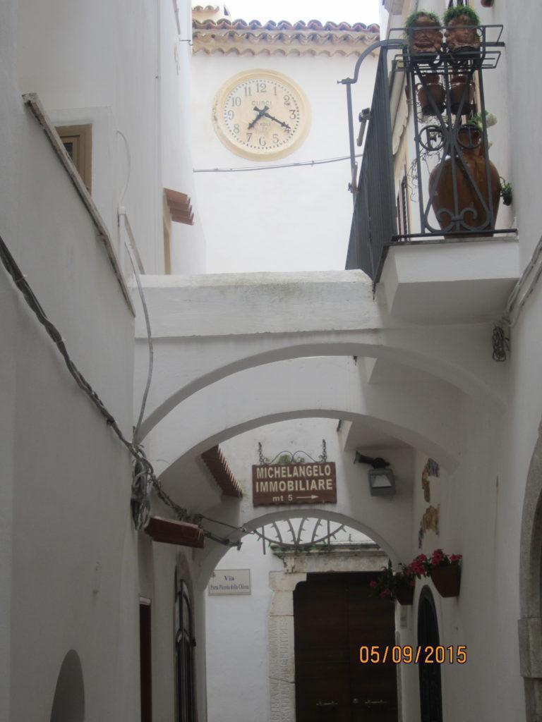 Старинная церковь в Сперлонге