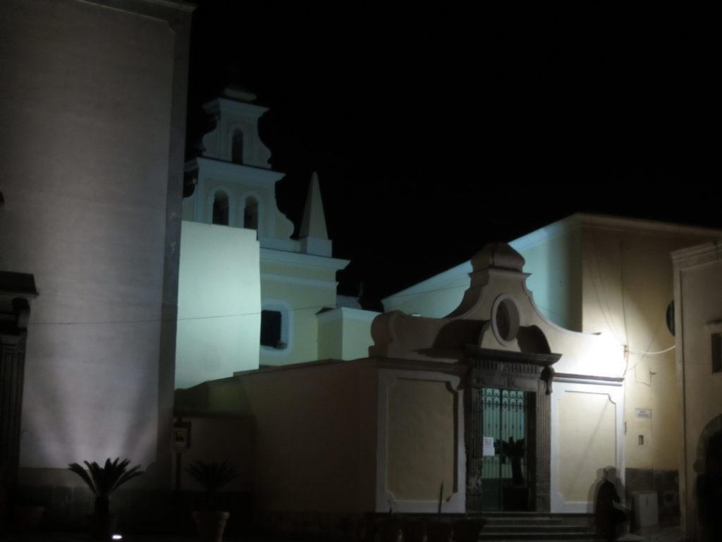 Церковь в Форио.