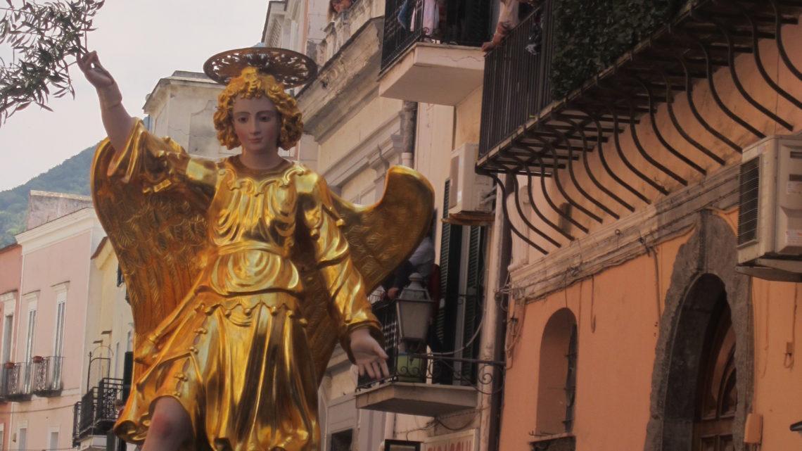 Где отдохнуть в апреле в Италии. Совмещаем приятное… с прекрасным.