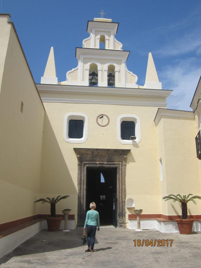 Церковь в Форио. Искья