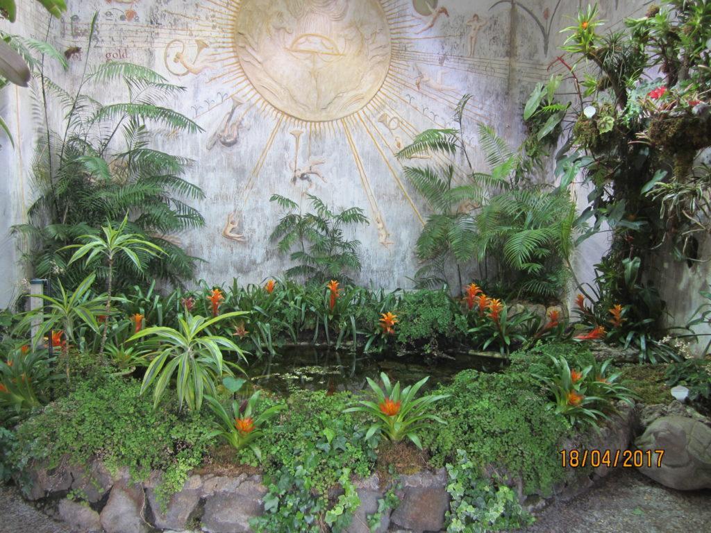 Сад Ла Мортелла. Храм Солнца -зал Рождения