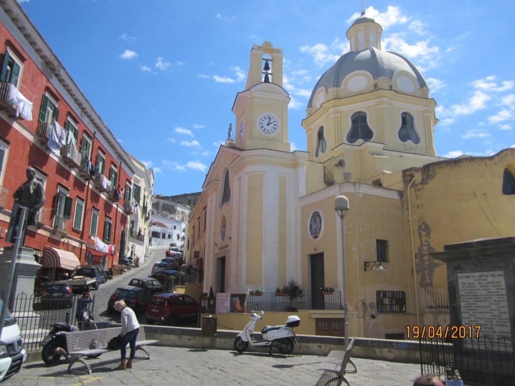 Прочида. Церковь Санта-Мария-делле-Грацие