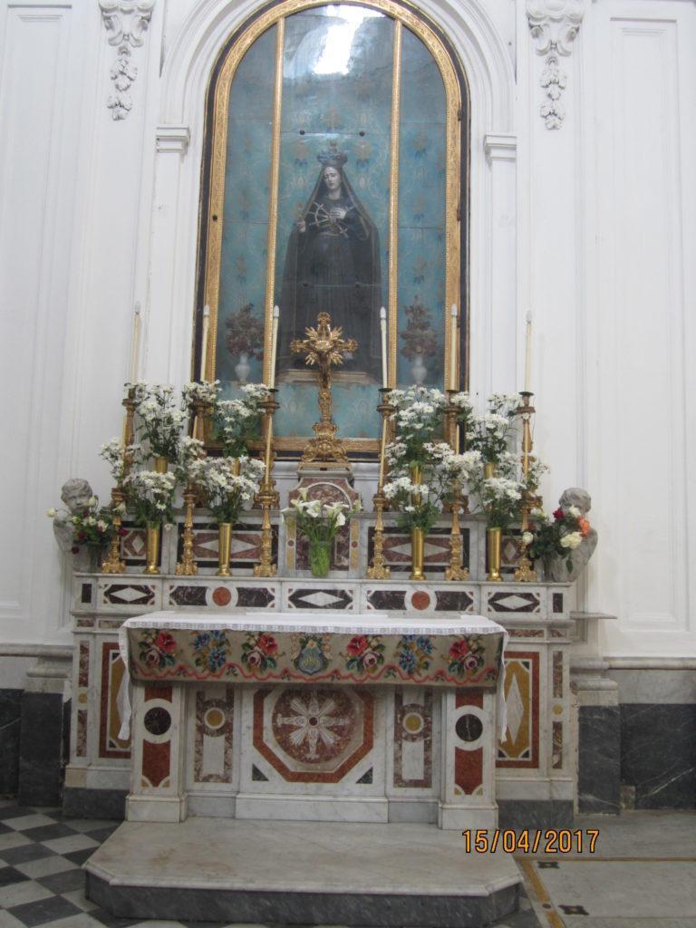 В церкви г. Форио