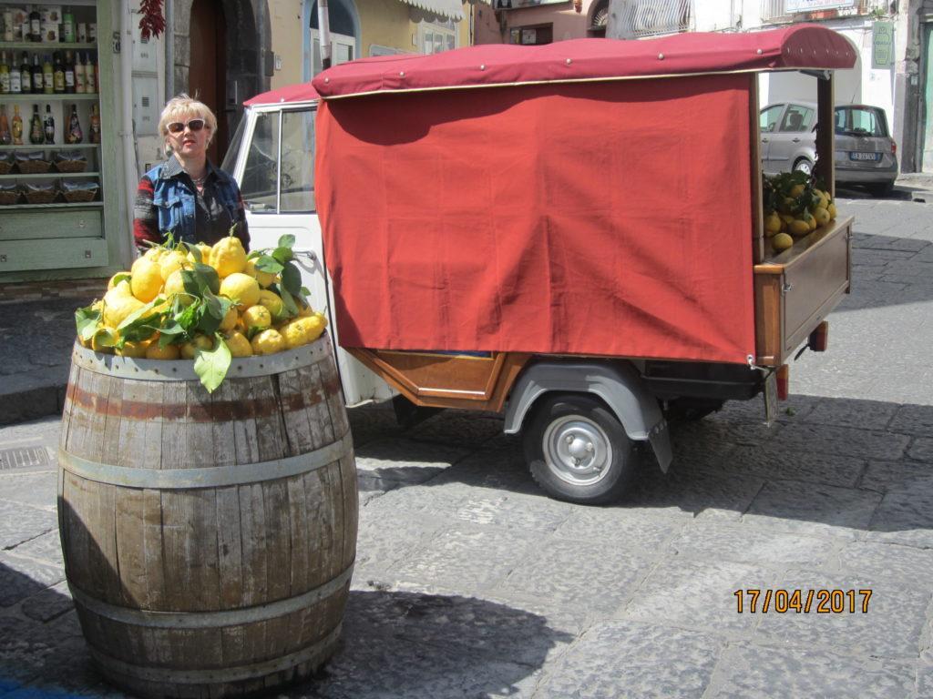 Рынок в Искья-Понто. Искья.