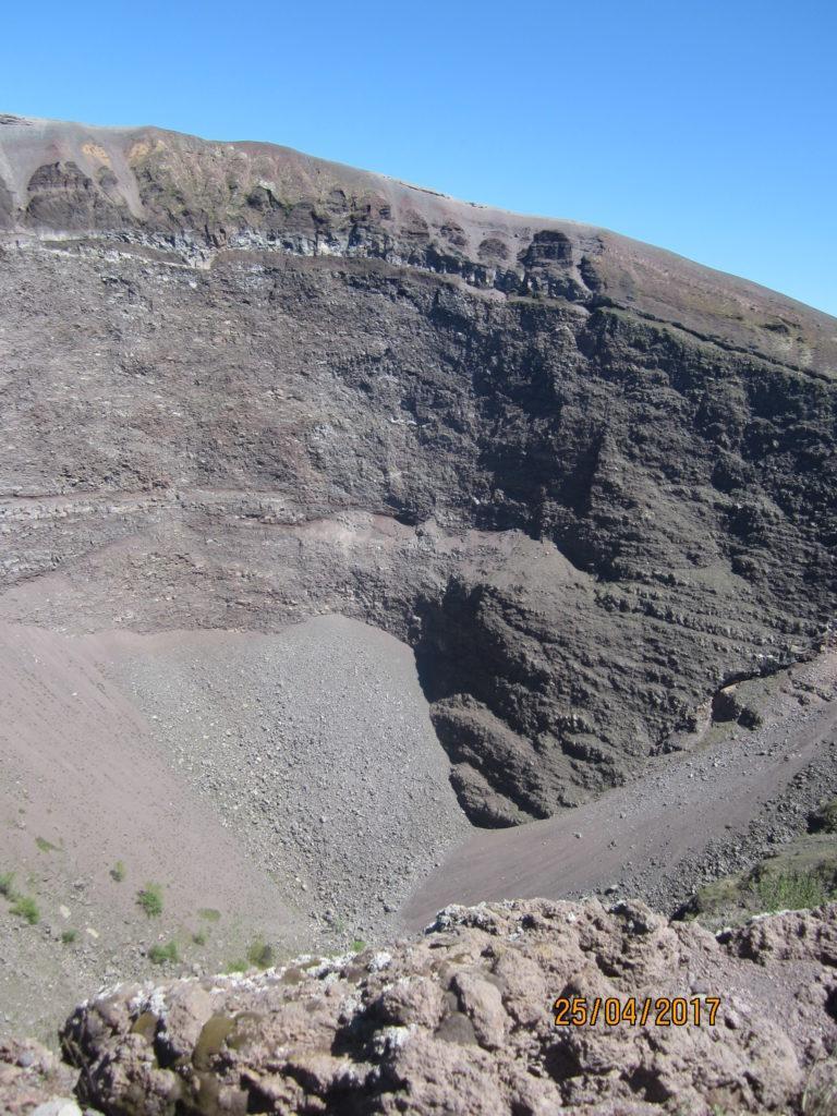 Вулкан Везувий.