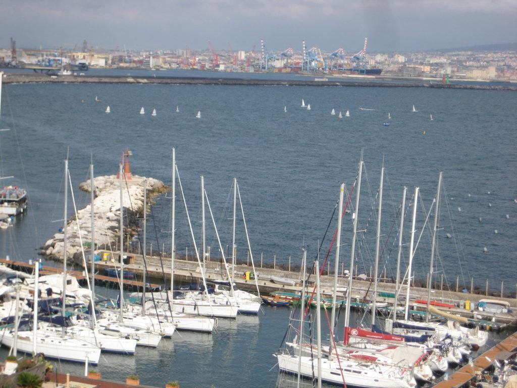 Порт Неаполь. Италия.