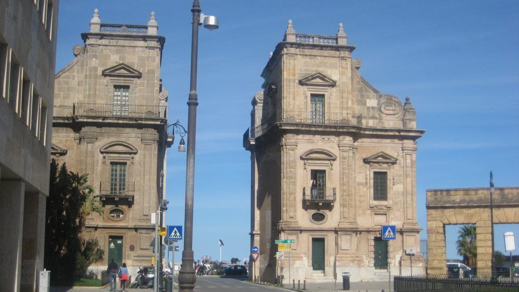 Палермо. Ворота Порта Феличе.