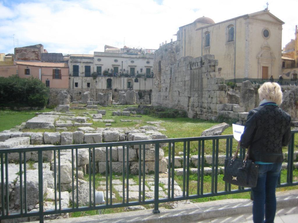 Сиракузы. Храм Аполлона.