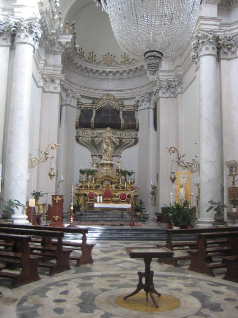 Катания. В церкви Св. Агаты (Badia di Sant Agata)