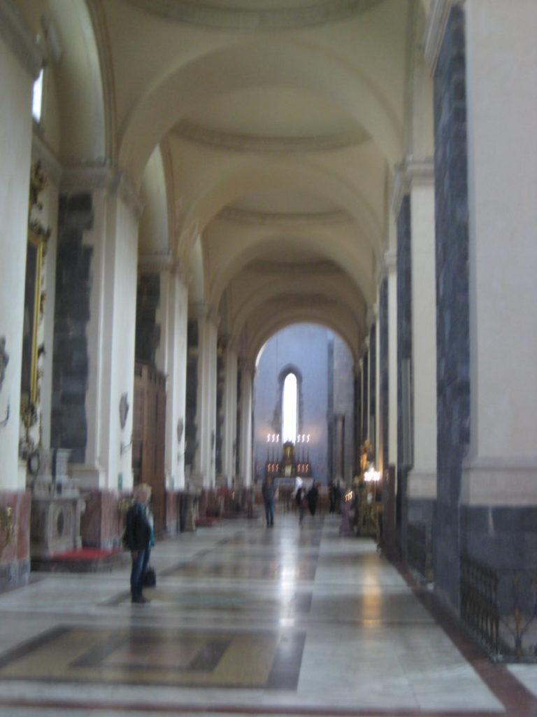 Внутри Кафедрального собора. Катания.