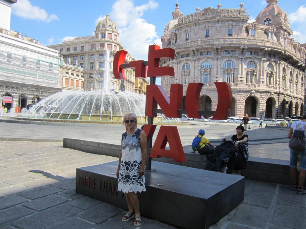 Генуя.Площадь Феррари