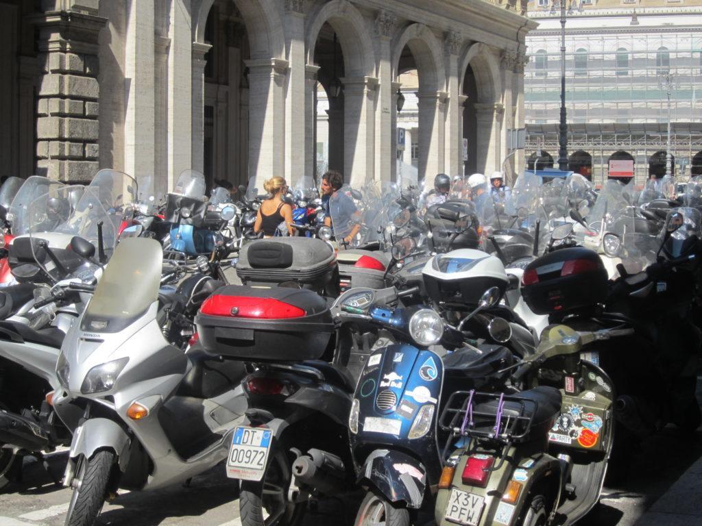 Площадь Данте. Генуя