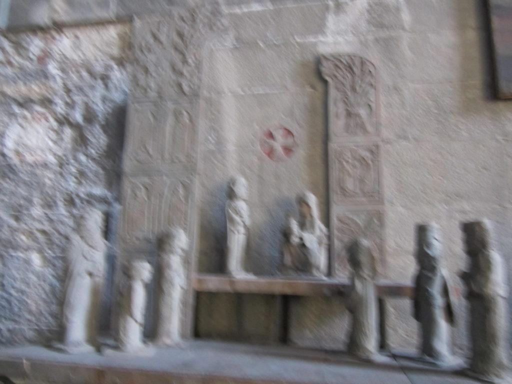 В церкви Св. Стефано
