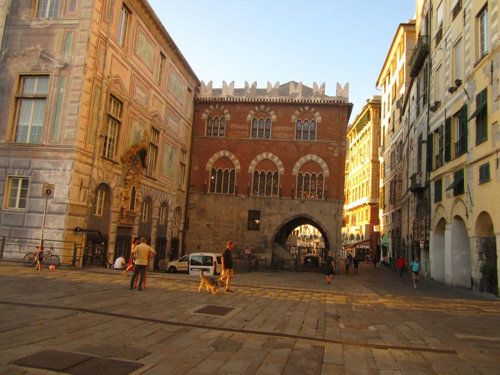 Генуя. Дворец Сан-Джорджио (старая часть)