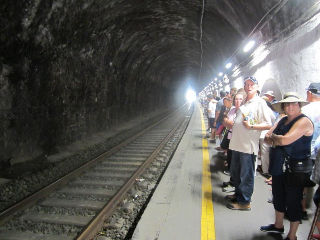 Ж/д станция в Вернацца.