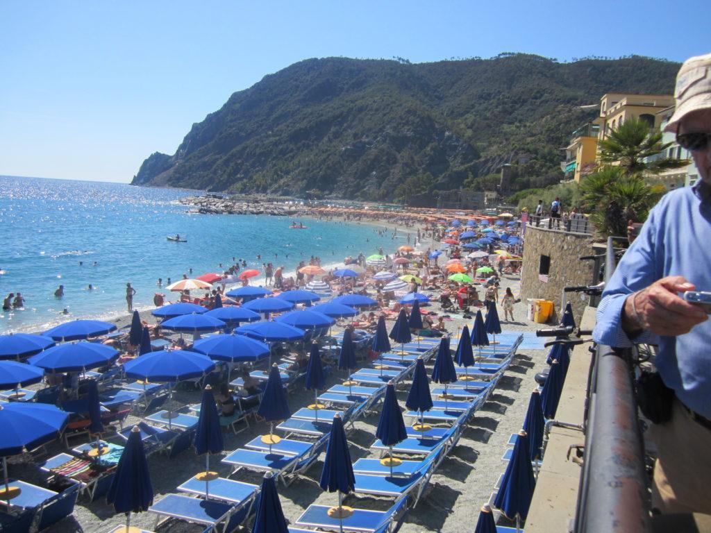 Платные пляжи Монтероссо.