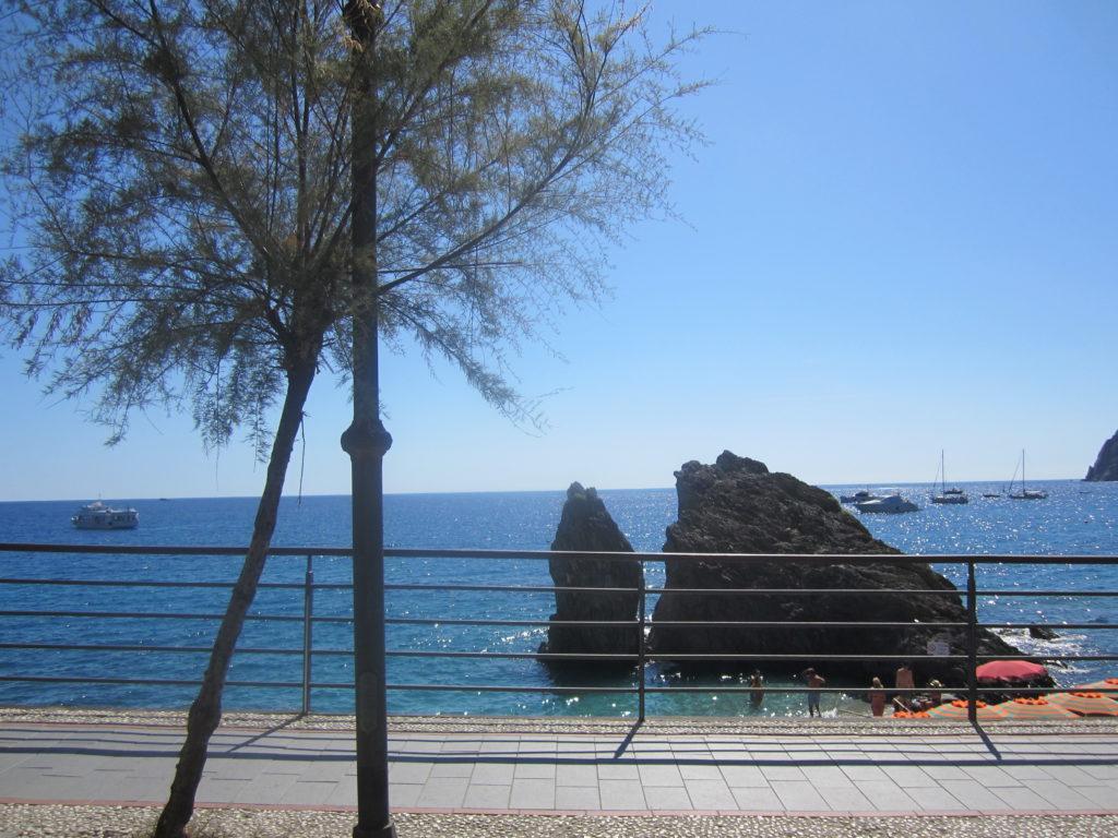 На набережной в Монтероссо