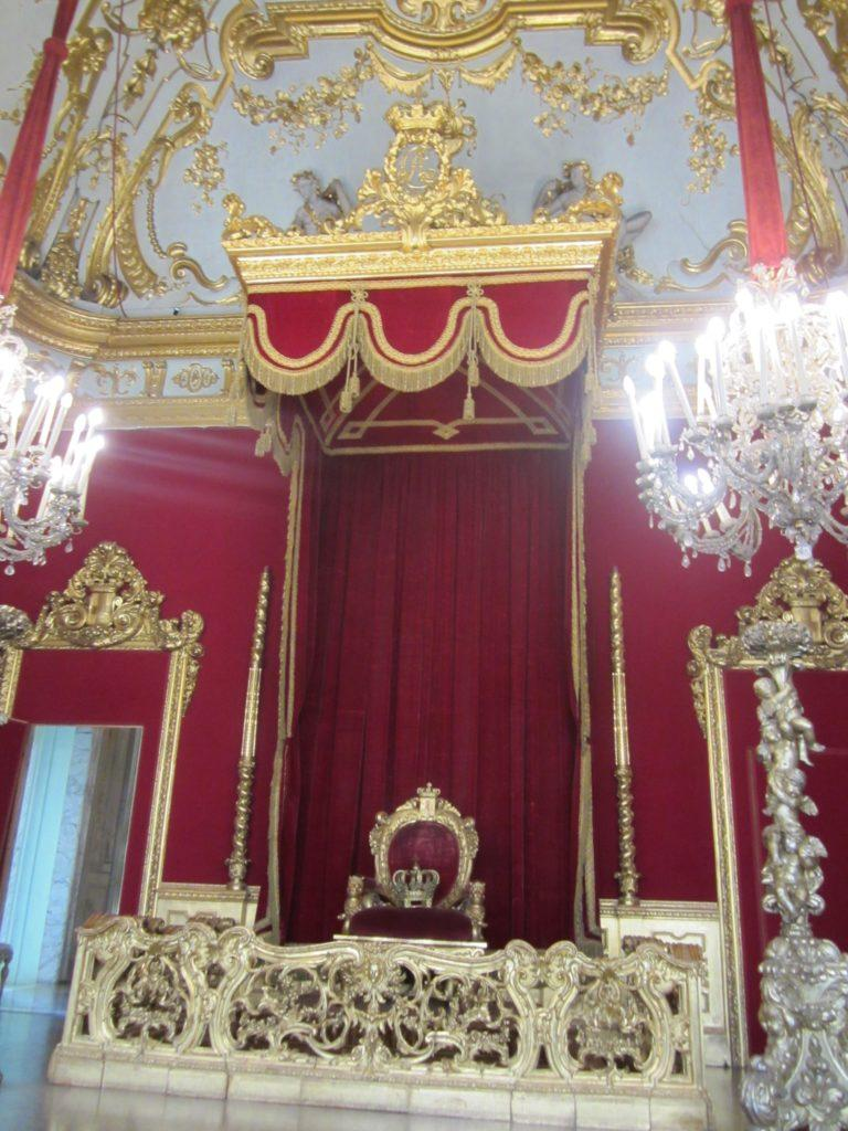 В Palazzo Reale. Генуя