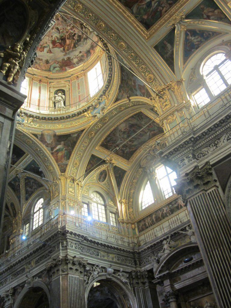Генуя. В базилике Santissima Annunziata del Vastato
