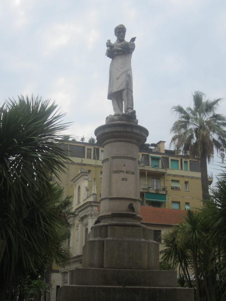 В Санта Маргарита Лигуре. Piazza Giuseppe Mazzini