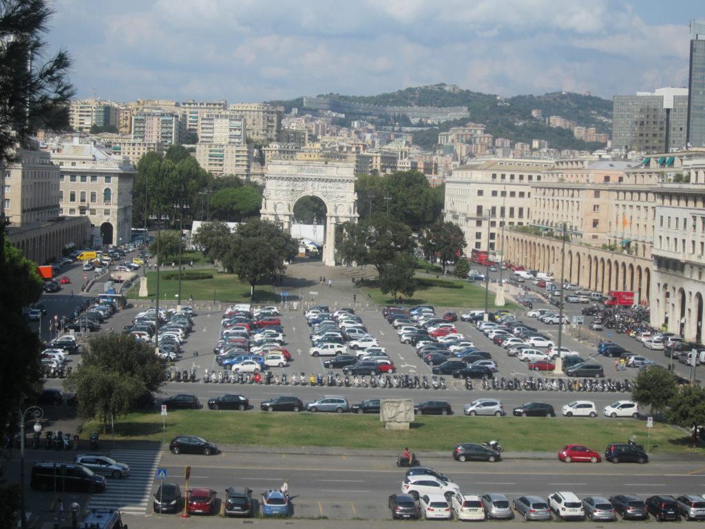 Генуя. Piazza della Vittoria