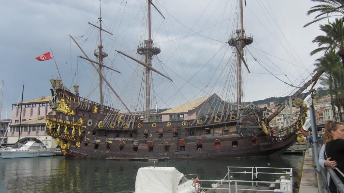 Прогулка в Старый Порт (Porto Antico) и Аквариум Генуи (Acquario di Genova).