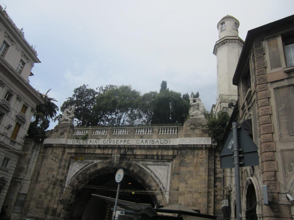 Генуя. Площадь Portello