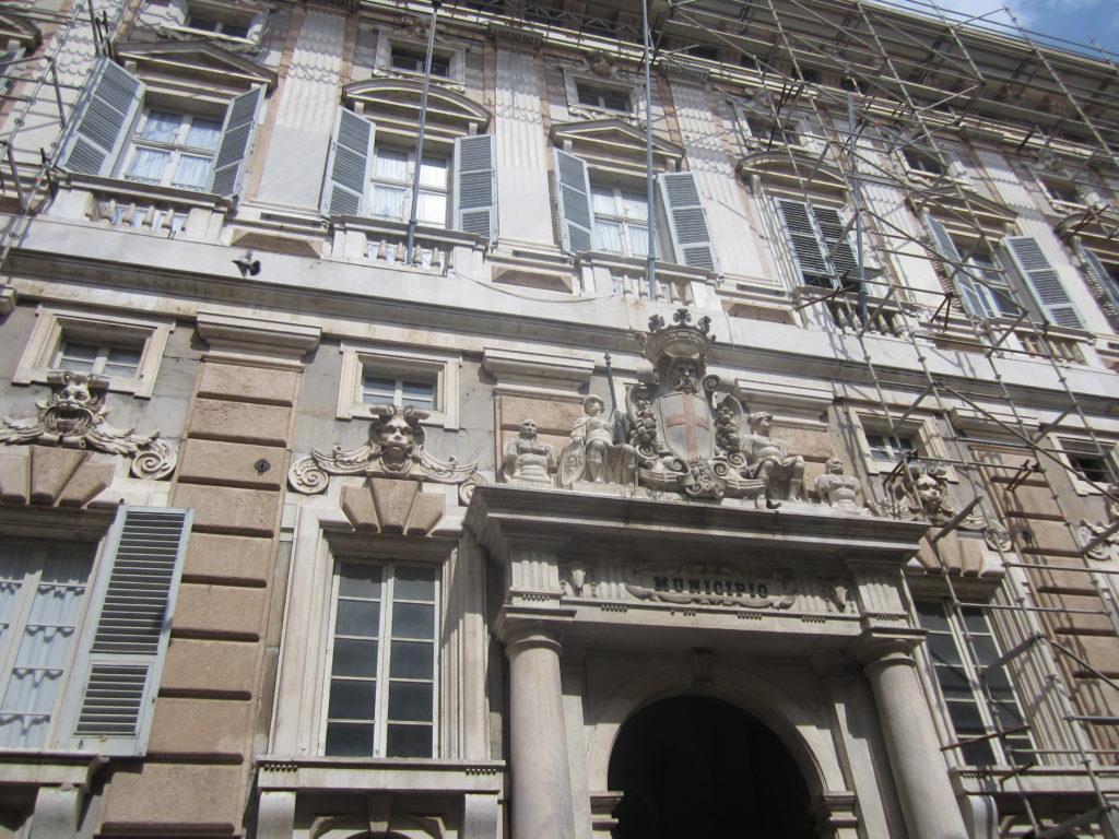 Знаменитая Via Garibaldi. Генуя
