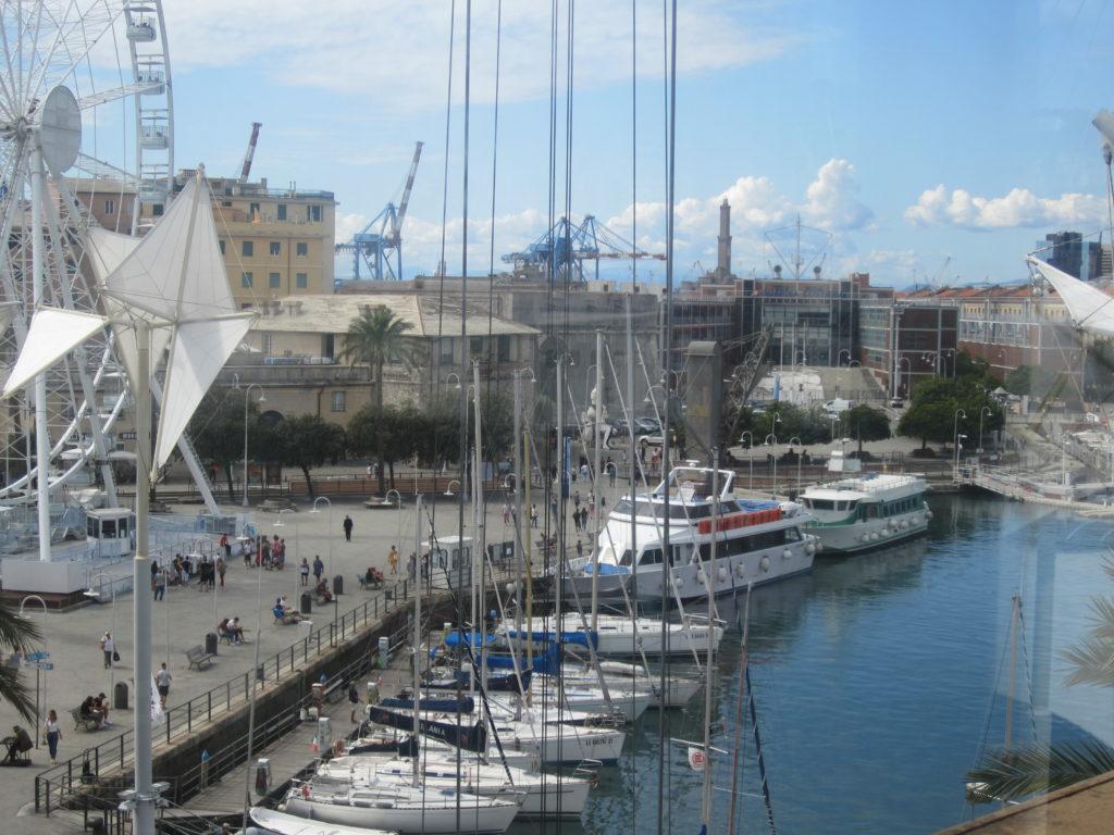 Генуя. Вид на Старый порт из магазина Eataly