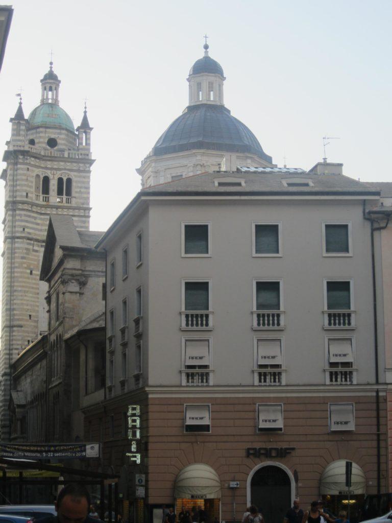 К Собору Сан-Лоренцо