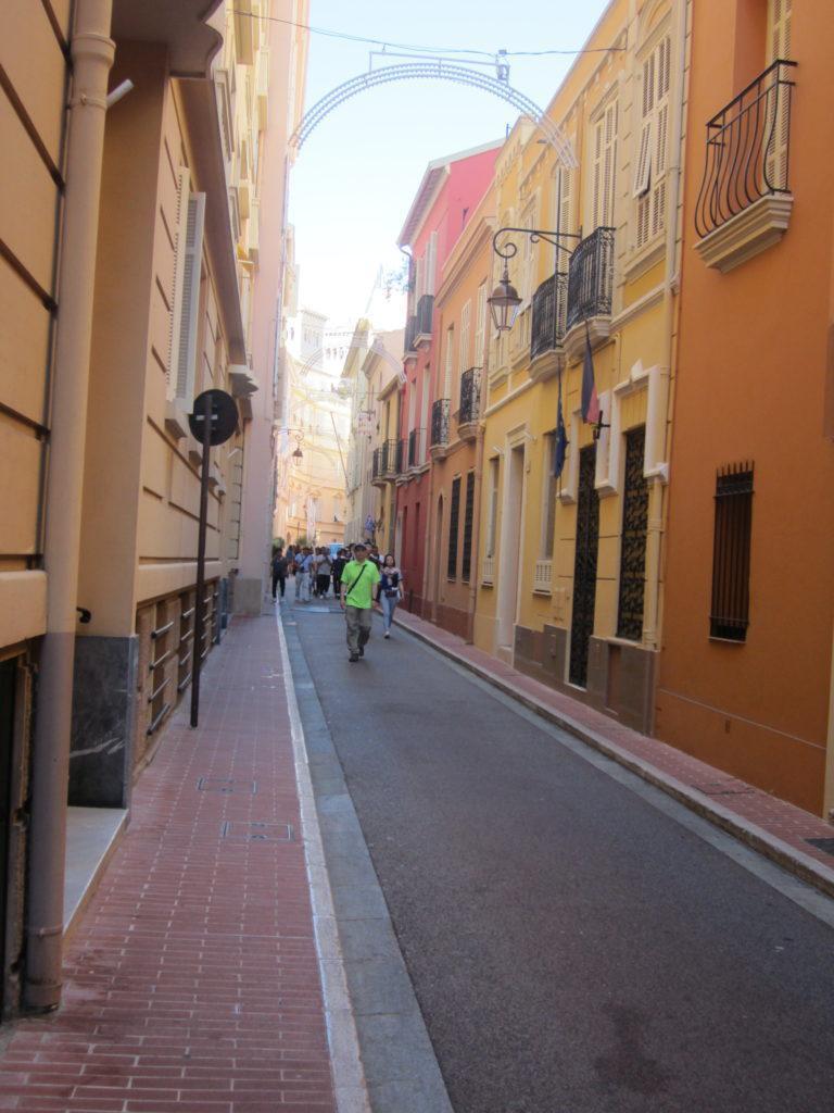 По улицам Монако