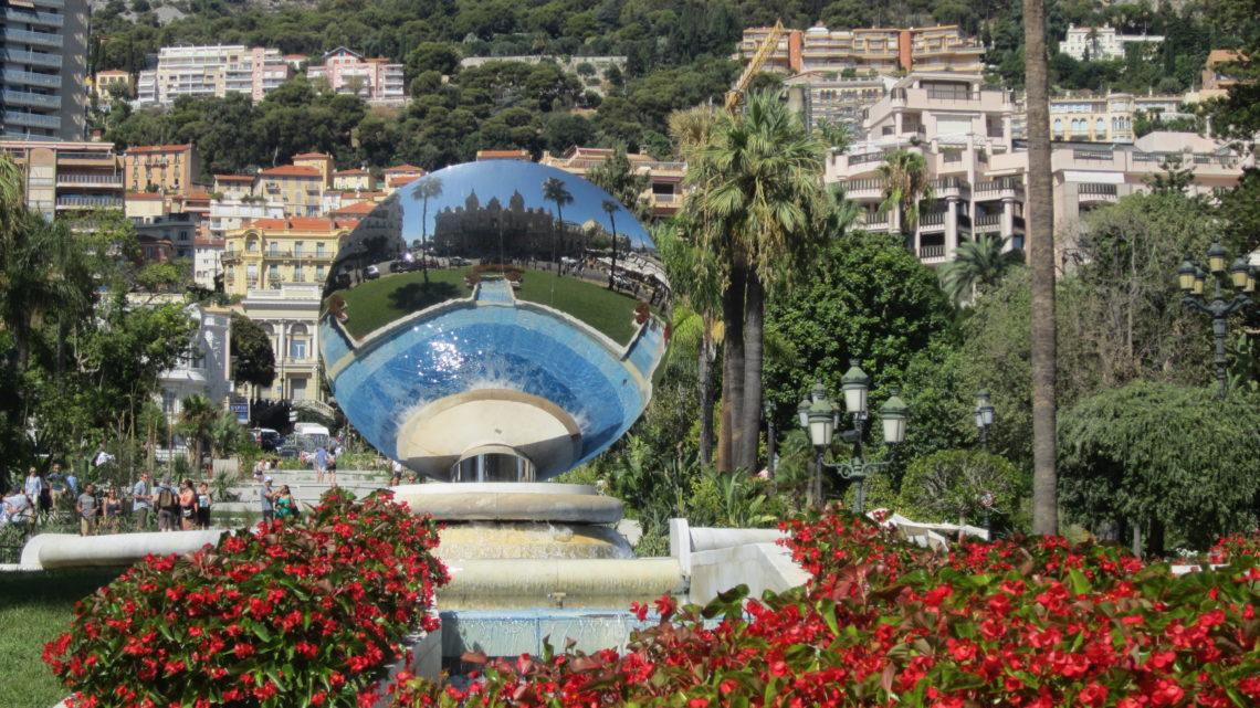 Из Ниццы в Монако на 1 день.