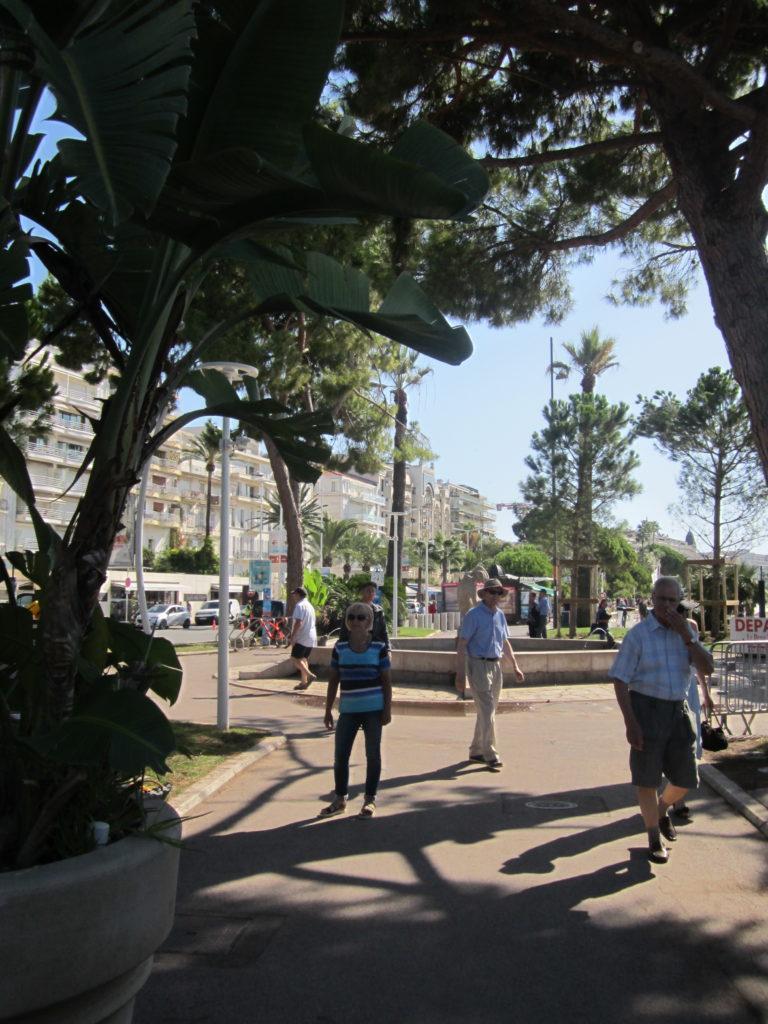 На набережной Круазетт Канны (Cannes)