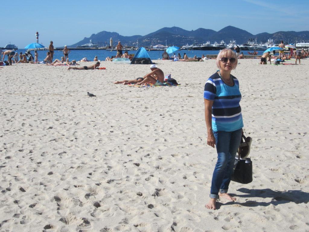 Канны. Песчаный пляж