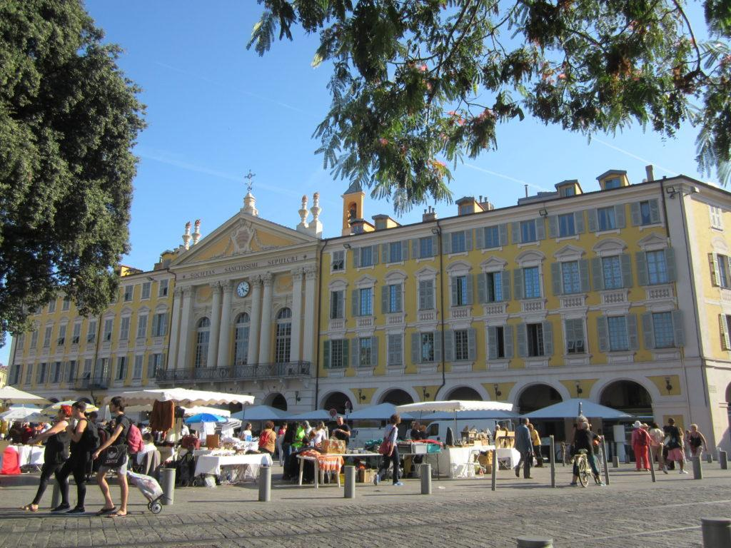 Ницца. Площадь Гарибальди (Place Garibaldi)
