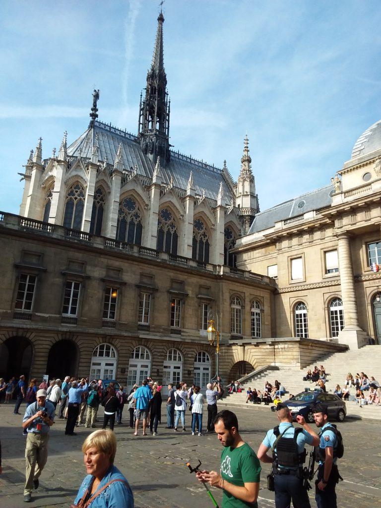 Дворец Правосудия и церковь Сент-Шапель