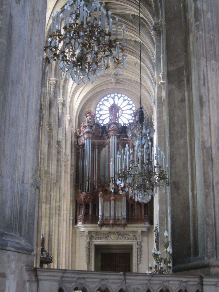Орган в Церкви Сент-Эсташ