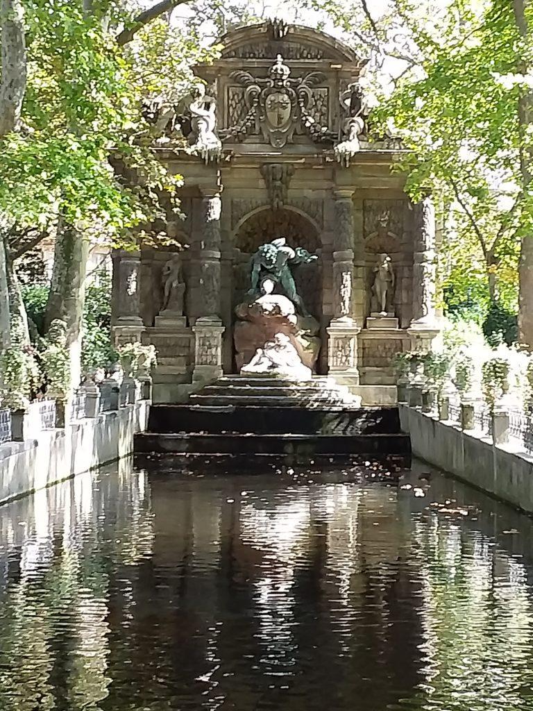 Люксембургский сад. Фонтан Медичи