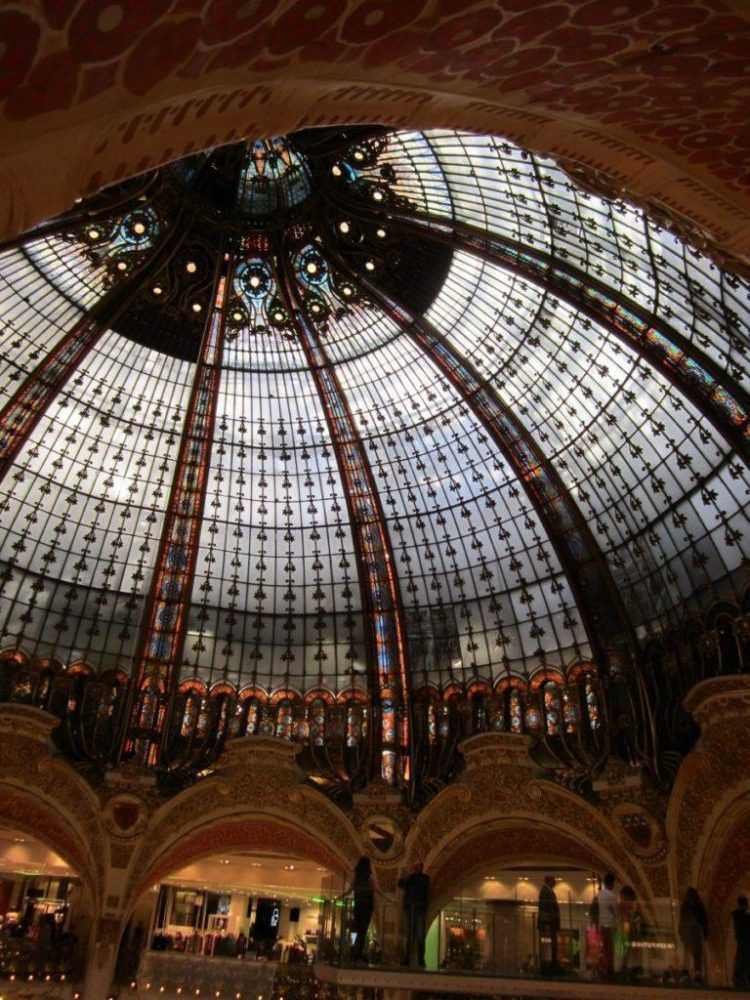 Галерея Лафайет, Париж