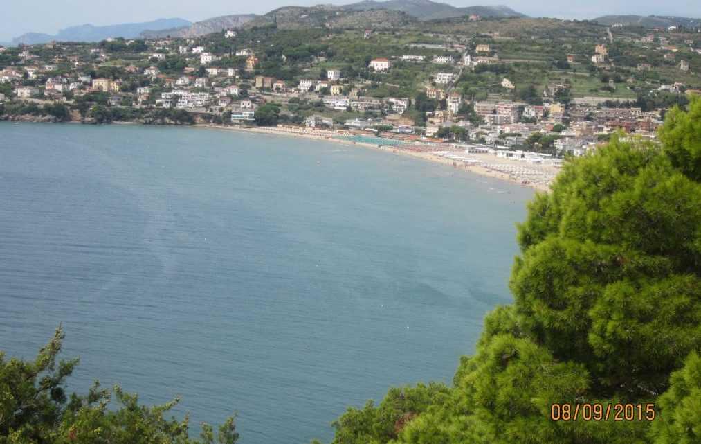 Атмосферный городок Гаэта, на итальянском побережье Ривьера-ди-Улиссе.