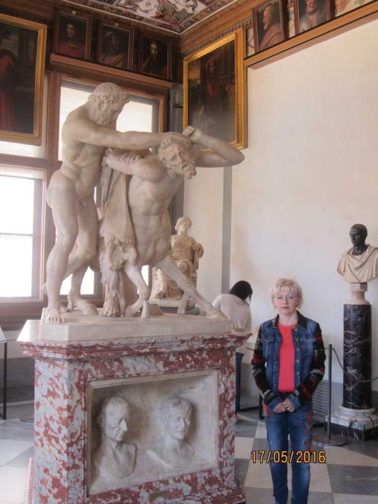 Скульптура «Геракл и кентавр». Галерея Уффици