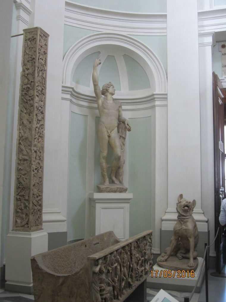 В коридоре Галереи Уффици