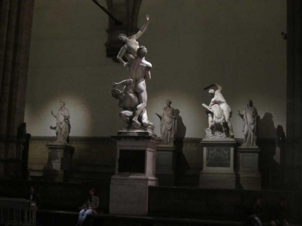 Loggia dei Lanzi. Скульптура «Геркулес и Кентавр»