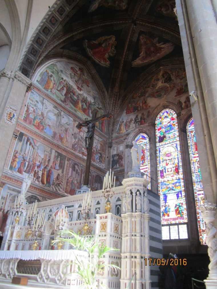 В церкви Санта-Мария-Новелла. Флоренция
