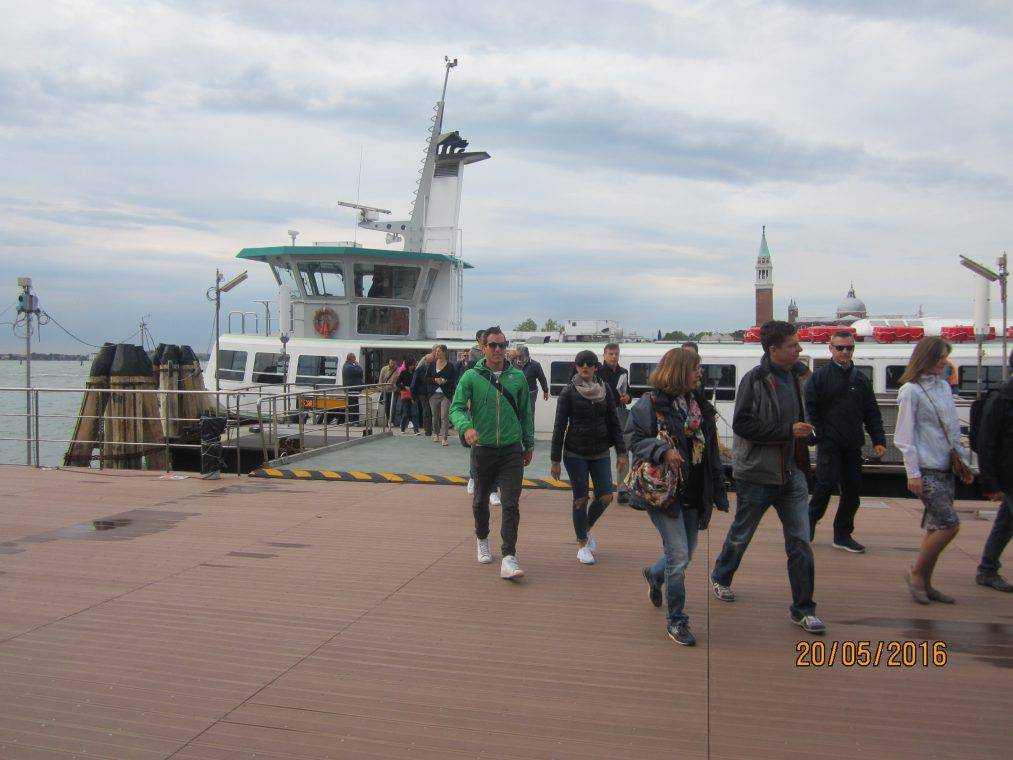 Терминал отправки катеров в Венеции - на Лидо ди Езоло