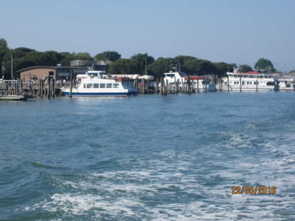 Терминал прибытия катеров из Венеции - на Лидо ди Езоло