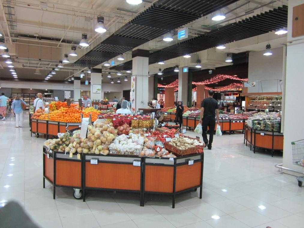 ОАЭ. Дубай. Carrefour Mall of the Emirates