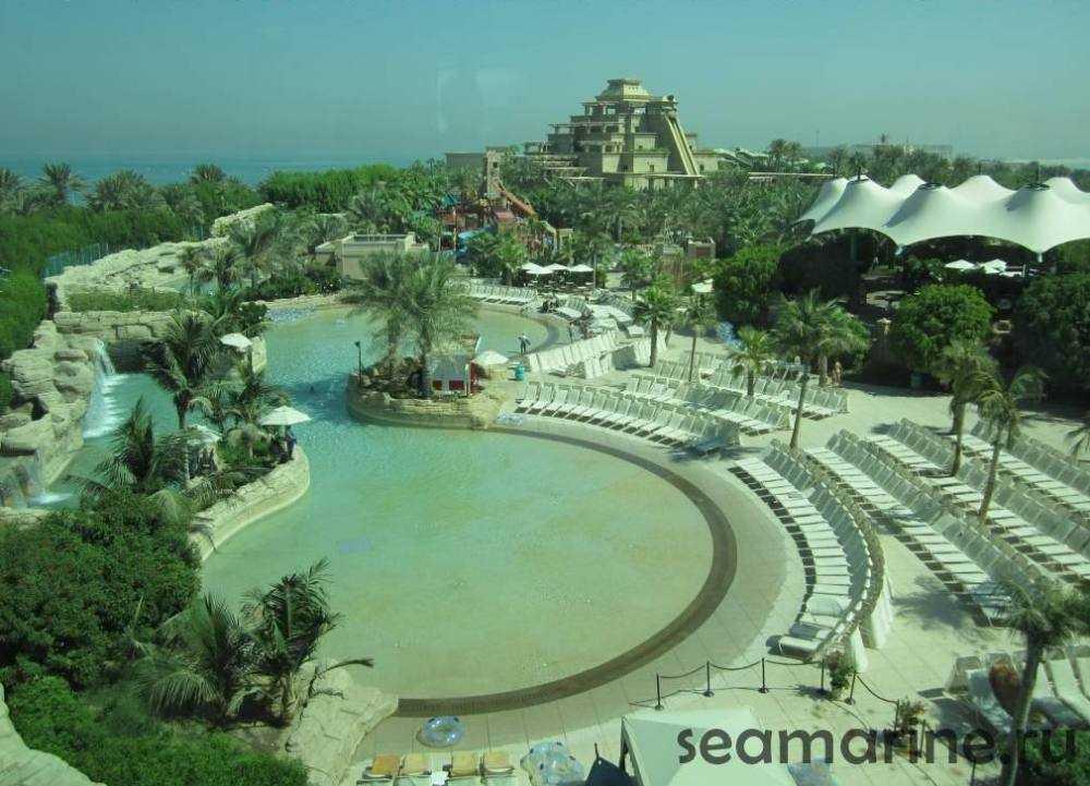 Дубай. Остров Пальма Джумейра. аквапарк Aquaventure