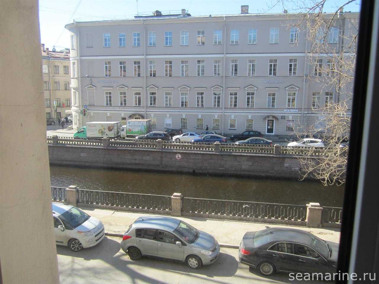 Санкт-Петербург. Вид из окна Griboedov Studios